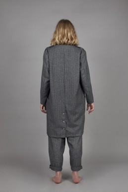 CJ05/ Lapelled coat lookbook lanefortyfive