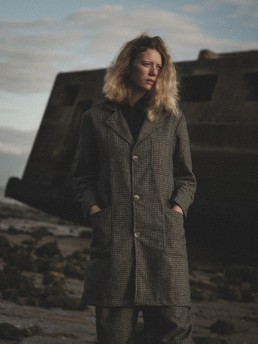 Lapelled long coat Lanefortyfive